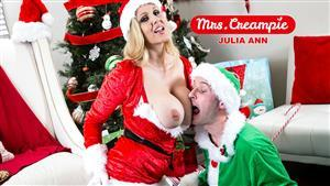 mrscreampie-20-12-22-julia-ann-sexy-fucks-a-lil-elfs-big-cock.jpg
