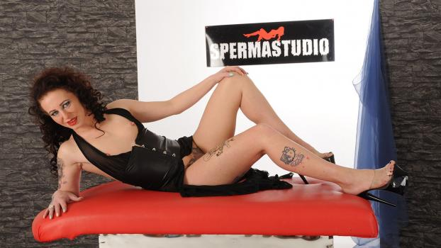 Sperma-studio.com- Jessys sperm injection - Spermastudio
