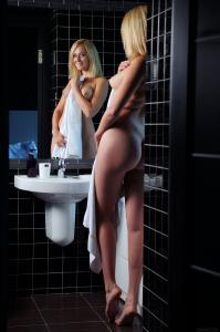 181149544_sexart_jacuzzi_netta_high_0003.jpg