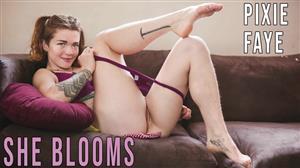 girlsoutwest-20-12-16-pixie-faye-she-blooms.jpg