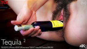 thelifeerotic-21-01-04-daisy-b-tequila-2.jpg