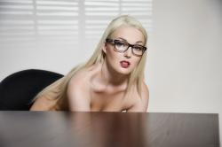vivthomas_secretary-seduction_lovita-fate_high_0050.jpg