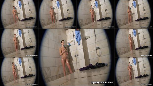 Voyeur-russian_SHOWERROOM 110501