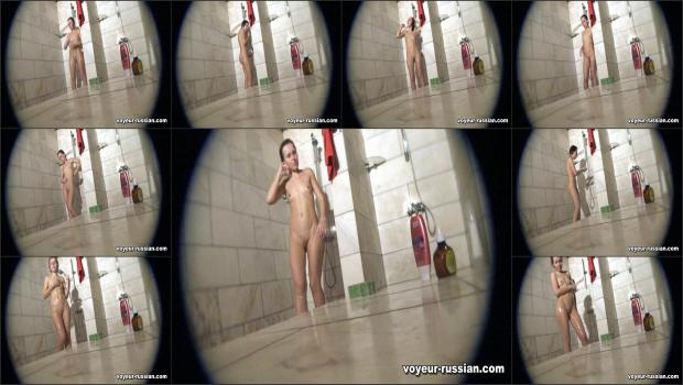 Voyeur-russian_SHOWERROOM 110511
