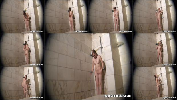 Voyeur-russian_SHOWERROOM 110915