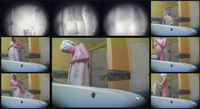 Coccozella-Part-01-steffi-shower